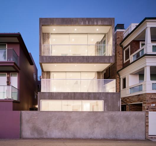 Casa positivamente negativa / Dan Brunn Architecture