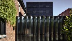 Powell Street House / Robert Simeoni Architects