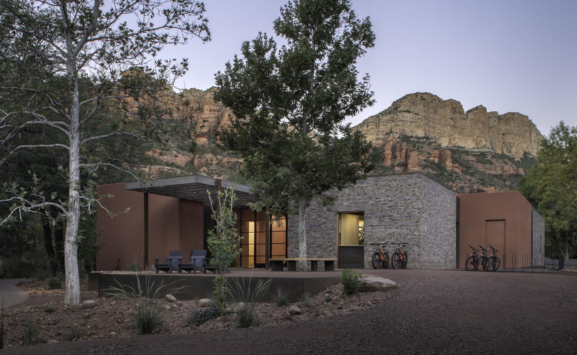 Trail House / Gluckman Mayner Architects