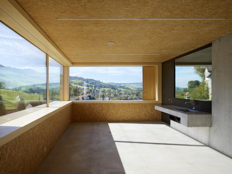 Xưởng xây dựng Landscheide, Sankt Peterzell / Thụy Sĩ.  Kiến trúc: bộ.  .  Hình ảnh © Ruedi Walti