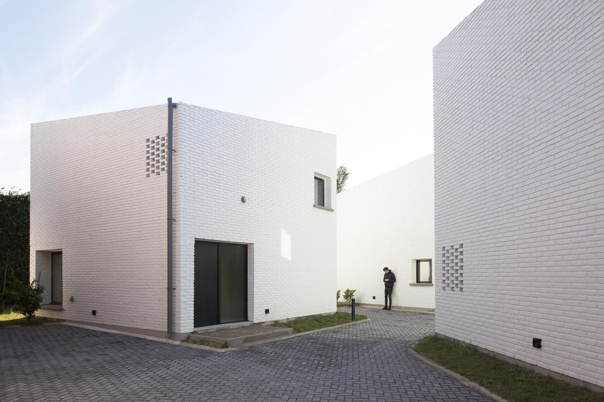 Morrison Building / BBOA - Balparda Brunel Oficina de Arquitectura