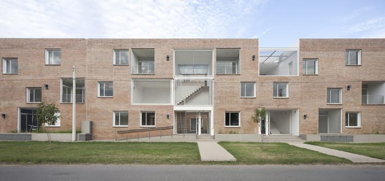 Edificio Baigorria / BBOA - Balparda Brunel Oficina de Arquitectura, © Javier Agustín Rojas