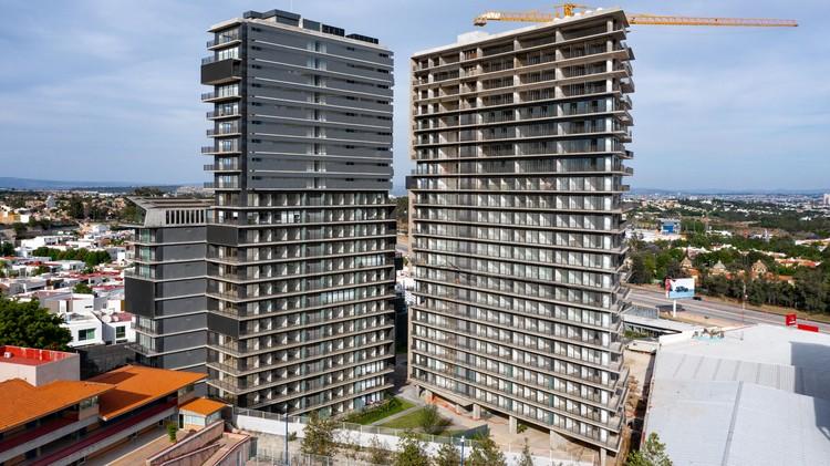 Edificio Zéntral / ARCHETONIC, © Onnis Luque