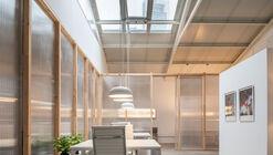 Magnolias 95 Offices / De la Hoz Estudio