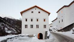Muzeum Susch  / Schmidlin Architekten + LUVO ARCHITEKTEN