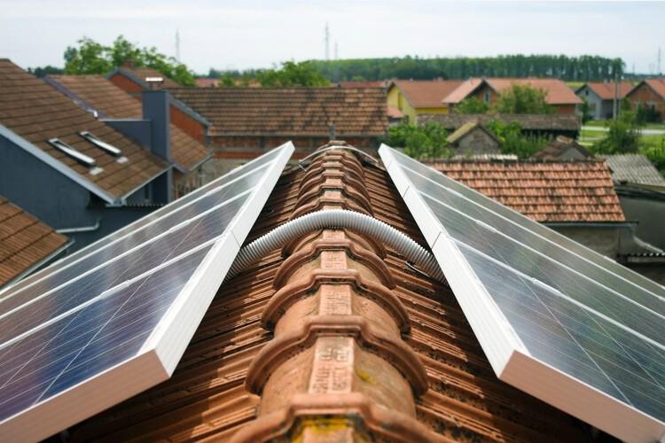 Brasil supera 500 mil unidades consumidoras de energia solar em 2021, Foto: iStock