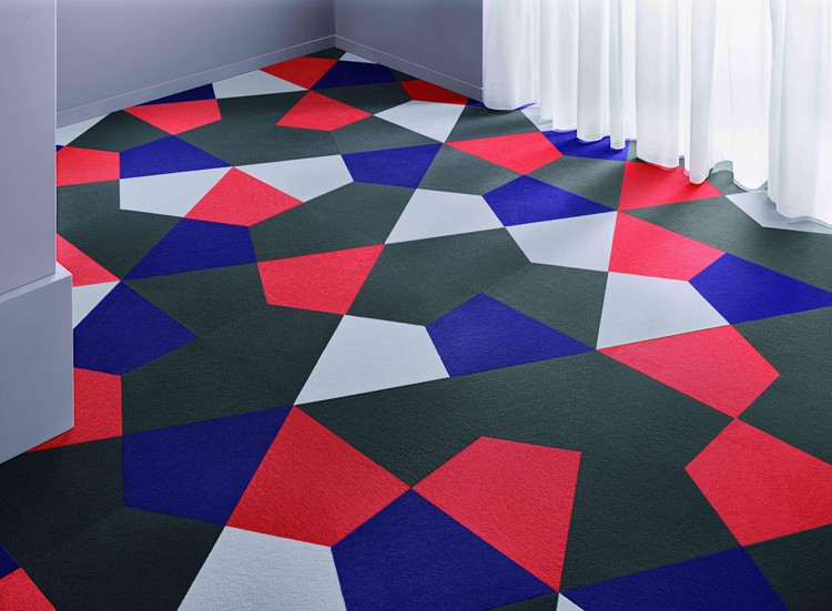 The carpet tiles from Vorwerk floor coverings, just like the Crystal freeform tile shown here, can withstand extreme loads without losing their shape.  Image courtesy of Vorwerk