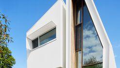 Urban Joinery House / Lisa Cummins Architect