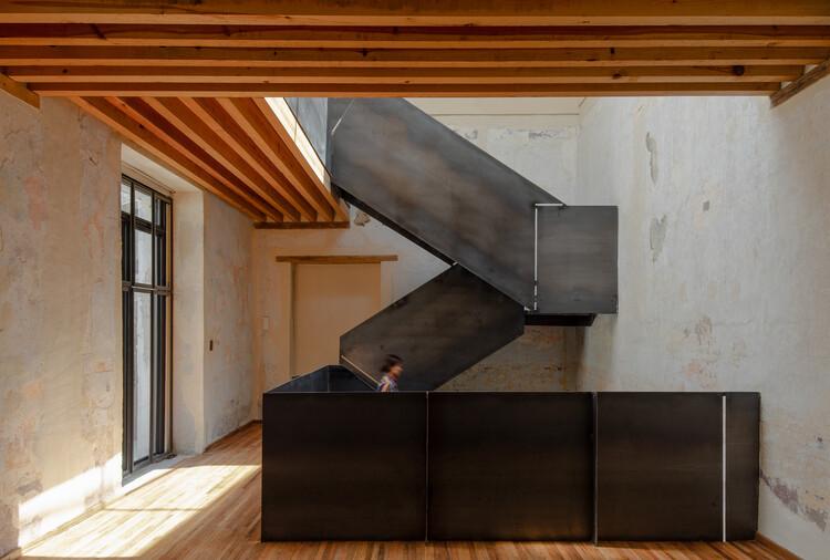 Los Pacheco Departamentos / Neorestauro Estudio + Metarquitectura, © Amy Bello