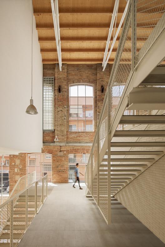 Los finalistas de Premios FAD 2021, las mejores obras de la nueva arquitectura ibérica, 46 Viviendas en antigua fábrica Fabra & Coats / Roldán + Berengué. Image © Jordi Surroca