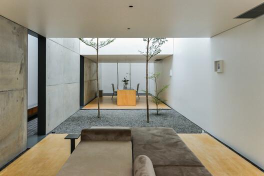 Casa de los vacíos / byrayboedi