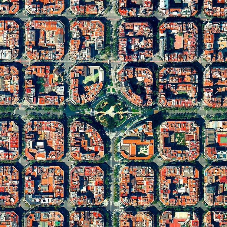 Barcelona, Espanha. Created by @benjaminrgrant, source imagery: @digitalglobe