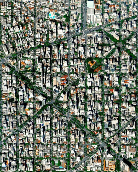 Belo Horizonte, Brasil. Created by @overview Source imagery: @maxartechnologies