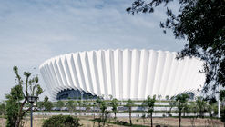 Centro Esportivo Dongyang / Institute of Shanghai Architectural Design and Research