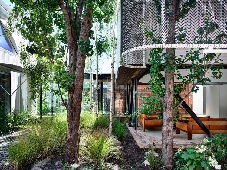 El paisajismo como protagonista en 13 proyectos residenciales, © Derek Swalwell