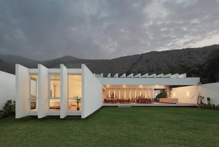 Los Cóndores House / Riofrio Arquitectos, © Juan Solano Ojasi