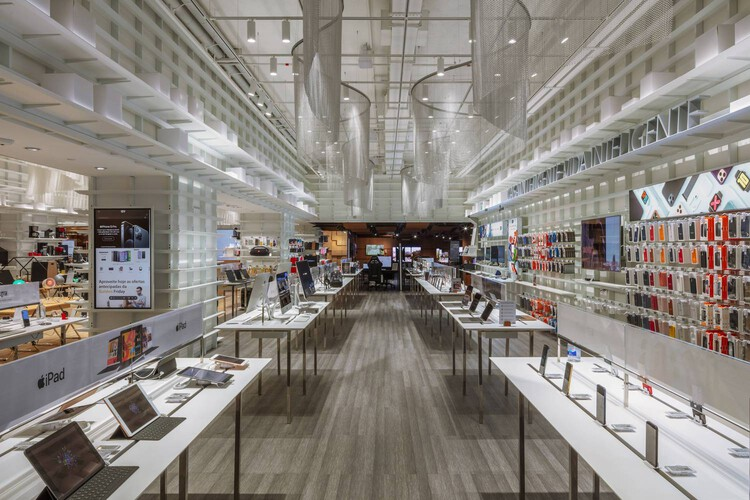 Fast Shop Lifestyle Ibirapuera Store / Kengo Kuma & Associates. Image © Nelson Kon