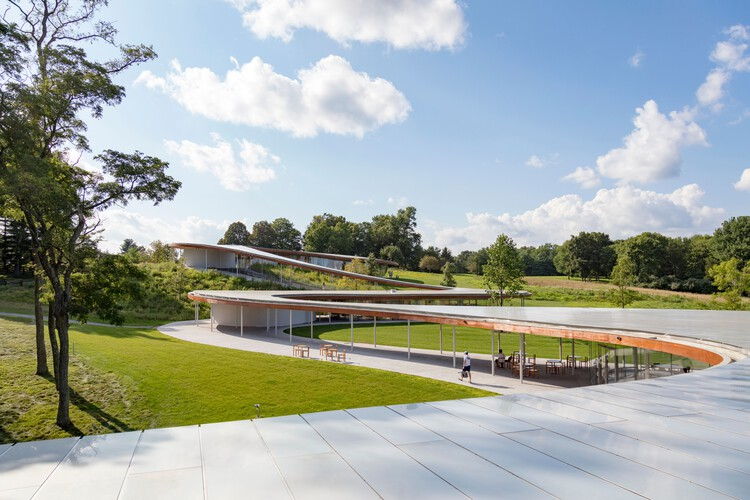 Architecture and the Stain of Modern Day Slavery, Grace Farm roof. Image © Sahar Coston-Hardy