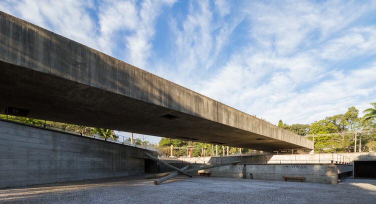 Museu da Escultura Brasileira (MuBE) / Paulo Mendes da Rocha. Foto © FLAGRANTE