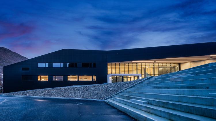 Bjerkreimshallen Multipurpose Hall / Arkitektkontoret Vest AS, © Maciej Krzysztof