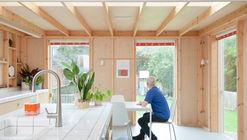 Fruit Box House  / nimtim architects