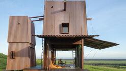 Cabana de Acampamento Permanente 2 / Casey Brown Architecture