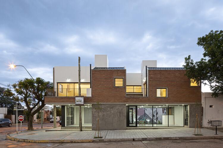 Complejo de viviendas San José / Lautaro Del Federico + Tadeo Shiira Albano, © Walter Gustavo Salcedo