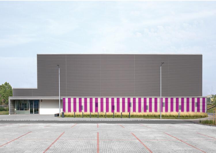 Multifunctional Sports Hall / Atelier dmb, © Bánhegyesy Antal