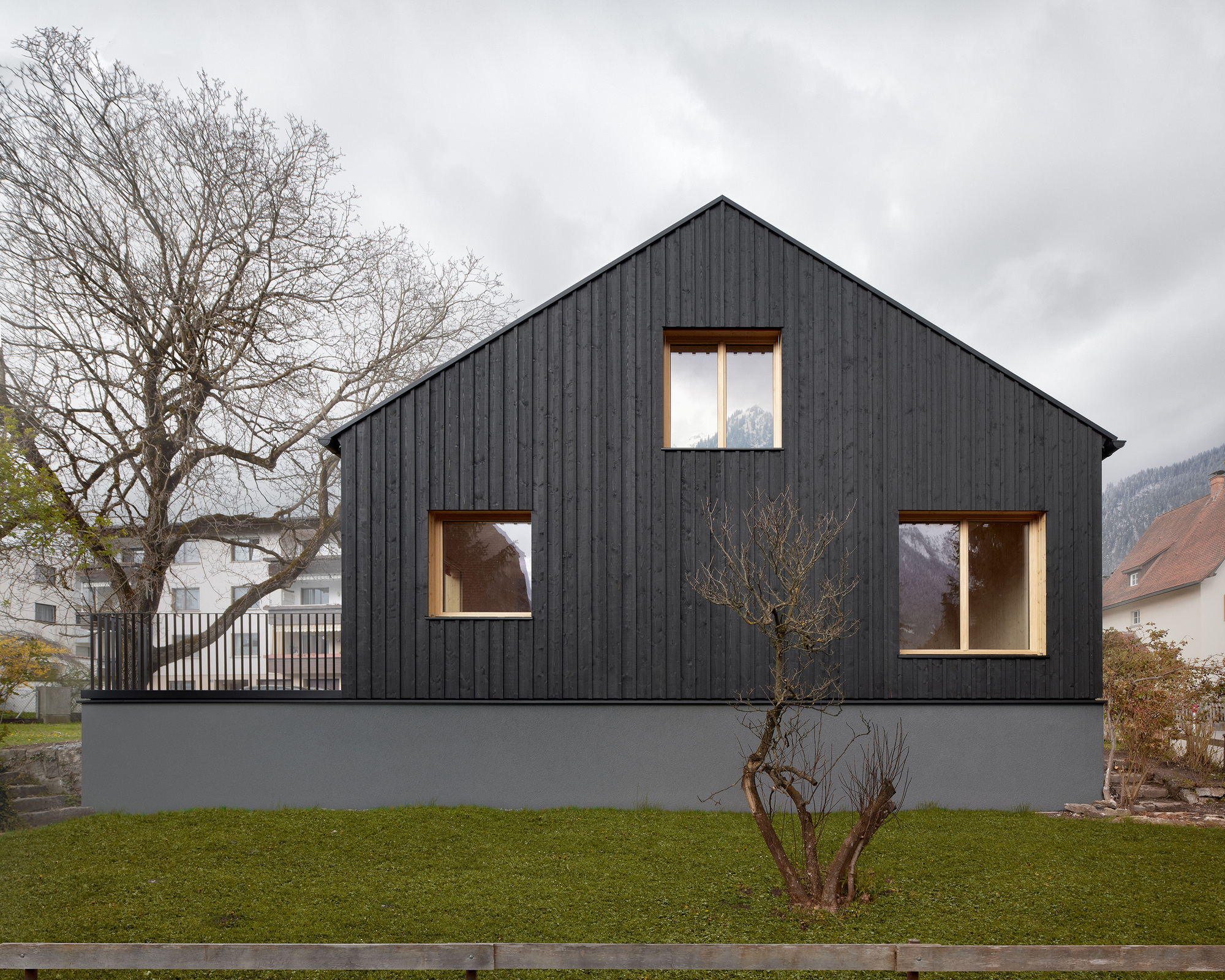 House Mad of Spruce / MWArchitekten