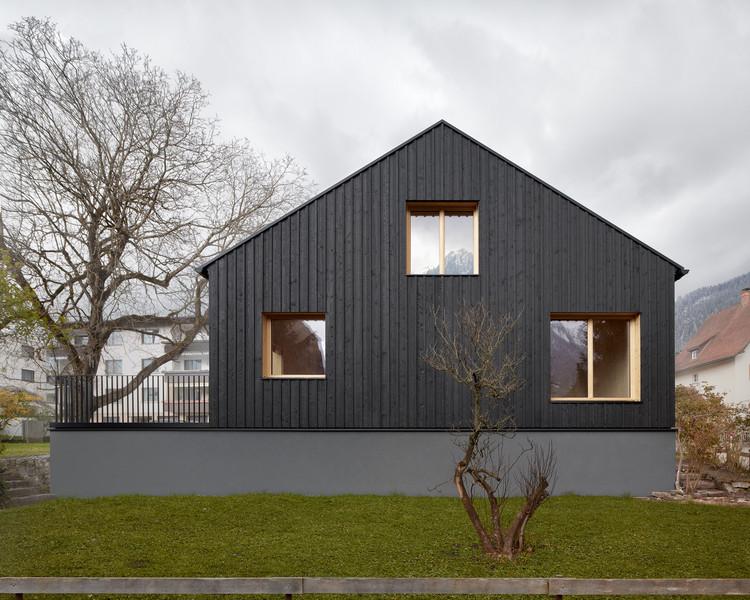 Casa hecha de abeto / MWArchitekten, © Adolf Bereuter