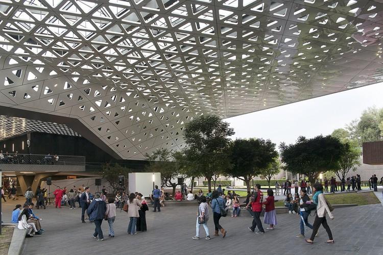 """Michel Rojkind: """"¿Son nuestros proyectos capaces de convertirse en algo más que solo arquitectura?"""", © Jamie Navarro"""