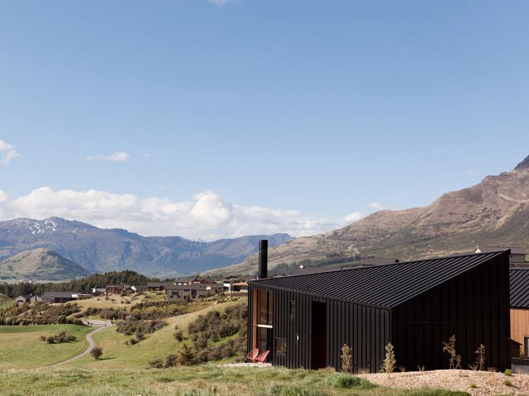 Casa do Tom / Anna-Marie Chin Architects, © David Straight