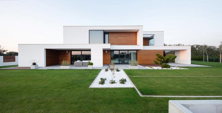 House with Niches / RS + Robert Skitek, © Tomasz Zakrzewski