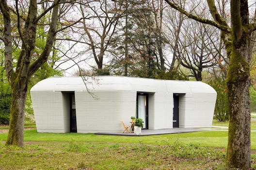 El futuro es ahora: Casas impresas en 3D comienzan a ser habitadas en los Países Bajos. Image © Bart van Overbeeke