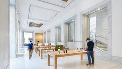 Loja da Apple em Via Del Corso  / Foster + Partners