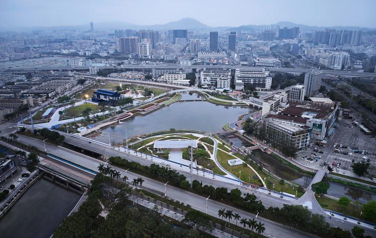 Haoxiang Lake Park  / eLandscript Studio, Haoxiang Park Overview Daytime. Image © Yong Zhang