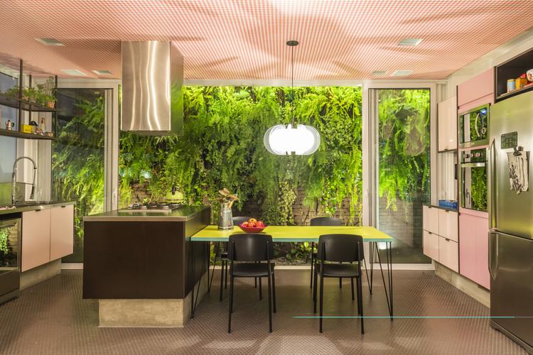 Tatiana Leite Penthouse / Julliana Camargo Arquitetos © Victor Affaro