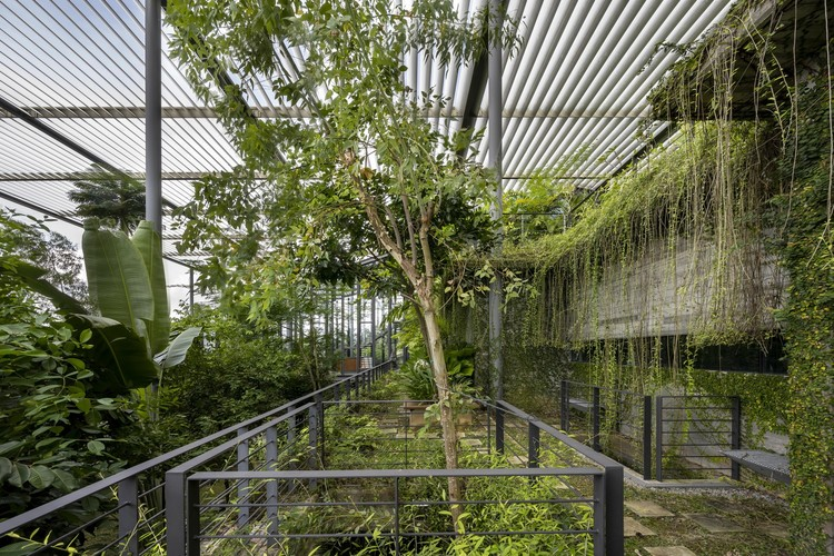 Factory in the forest / Design Unit Architects Snd Bhd © Lin Ho Photography