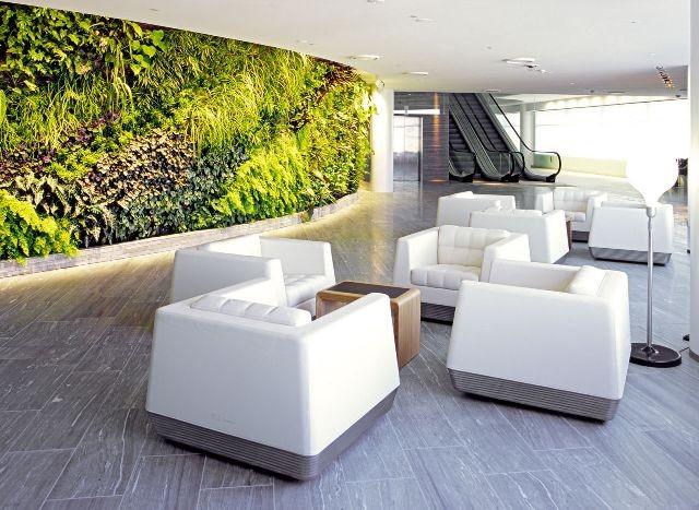 Qantas Sydney First Lounge / Marc Newson + Sebastian Segers and Woods Bagot.  Departures lounge