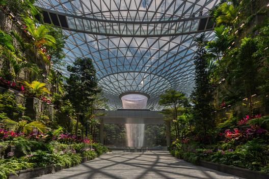 Aeroporto Jewel Changi / Safdie Architects. Cortesia de Jewel Changi Airport
