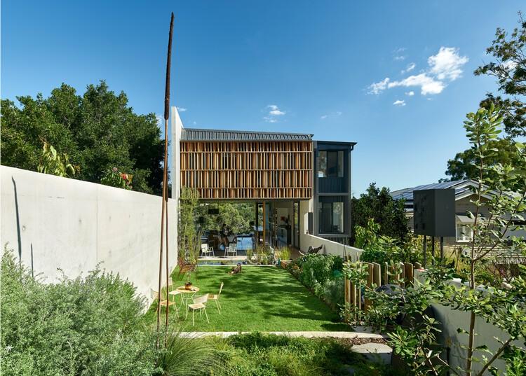Casa Riverbank / Wilson Architects, © Alex Chomicz