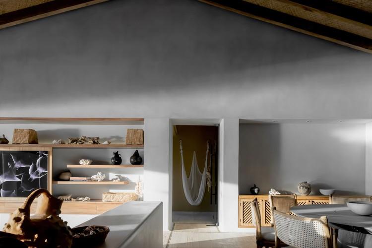 Casa Punta Ixtapa / Pseudónimo + Andrea Nova Interiorismo, © Zaickz Studio