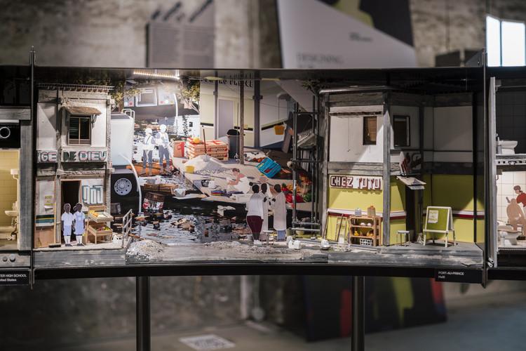 El Pabellón del Baño en la Bienal de Venecia 2021 muestra como los baños son campos de batalla políticos, Your Restroom is a Battleground. Image © Imagen Subliminal (Miguel de Guzmán + Rocio Romero)