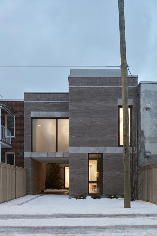 Berri House  / Architecture Microclimat