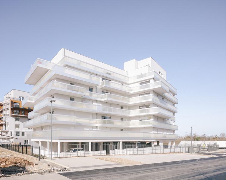 Arty Social Housing / a/LTA, © Charly Broyez