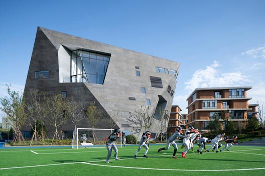 campus sportsfield. Image © Qingshan Wu