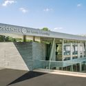 Cary Leeds Center for Tennis & Learning, Photo credit: Randy Rubin. Image © GLUCK+