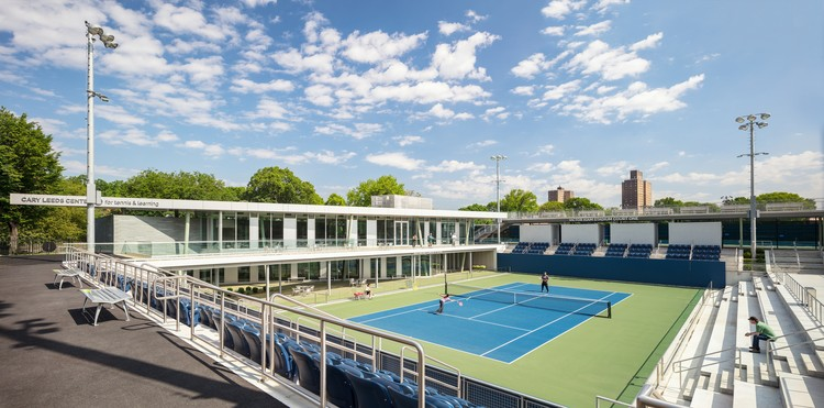 Cary Leeds Center for Tennis & Learning, Photo credit: Paul Warchol. Image © GLUCK+