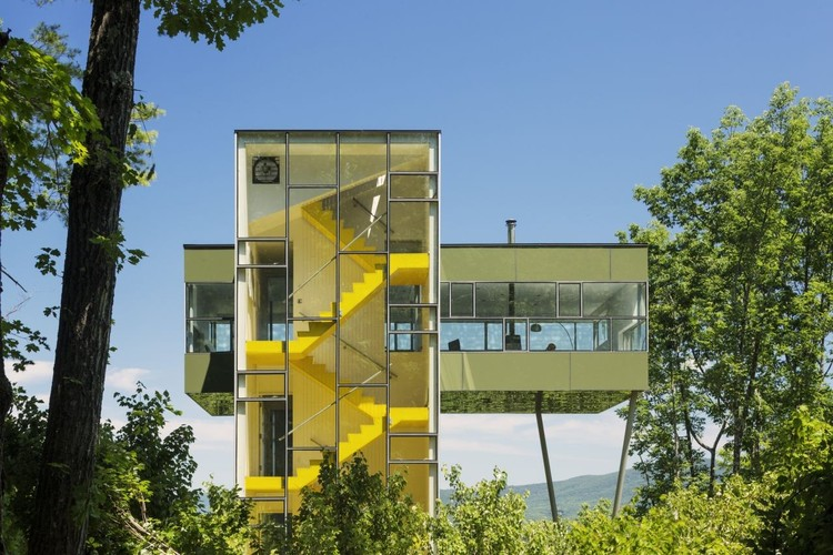 """""""The Profession is in Dire Straits"""": GLUCK+ on the Future of Architecture and Design-Build, Tower House, Photo credit: Paul Warchol. Image © GLUCK+"""