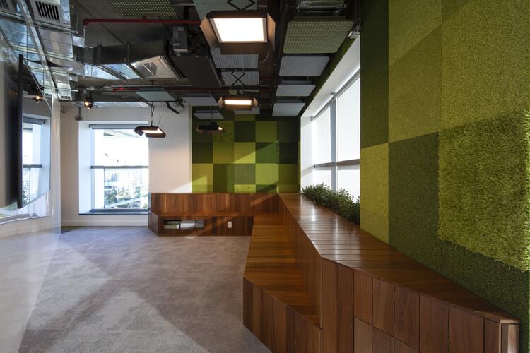 Centro de Tecnologia de Edificações / SuperLimão Studio. Image © Maíra Acayaba